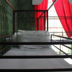 Отель Restup London Кровать в общем номере фото 12
