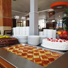Отель Aleksandar Черногория, Рафаиловичи - отзывы, цены и фото номеров - забронировать отель Aleksandar онлайн питание фото 3