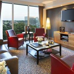 Отель Crowne Plaza Brussels Airport 4* Стандартный номер с различными типами кроватей