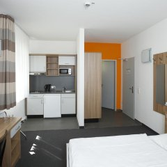 Отель Townhouse Düsseldorf 3* Стандартный номер с двуспальной кроватью фото 13