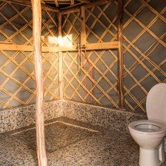 Отель Ali & Sara's Desert Palace Марокко, Мерзуга - отзывы, цены и фото номеров - забронировать отель Ali & Sara's Desert Palace онлайн ванная