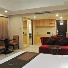 Отель FuramaXclusive Sukhumvit 4* Номер Премиум с двуспальной кроватью фото 10