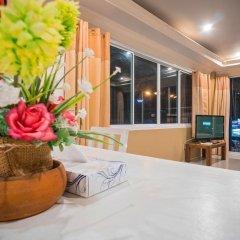 Отель Phuket Airport Suites & Lounge Bar - Club 96 Люкс Премиум с различными типами кроватей фото 3