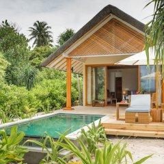 Отель Kudafushi Resort and Spa балкон