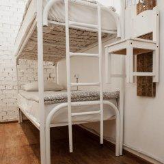 Hostel Petya and the Wolf V.O. Кровать в общем номере фото 6