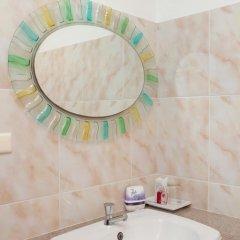 Отель Karon Sunshine Guesthouse & Bar 3* Стандартный номер с различными типами кроватей фото 18