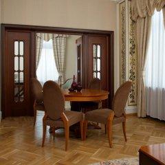 Гостиница Hilton Москва Ленинградская 5* Представительский люкс разные типы кроватей фото 8