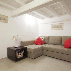 Отель Via Del GesÙ Holiday Home Рим комната для гостей фото 2