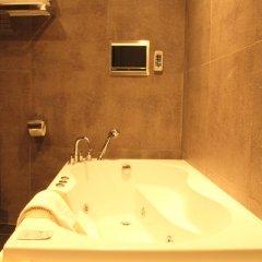 Tria Hotel 3* Номер Делюкс с различными типами кроватей фото 9