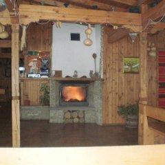 Отель Sinia Vir Eco Residence Болгария, Сливен - отзывы, цены и фото номеров - забронировать отель Sinia Vir Eco Residence онлайн интерьер отеля фото 2