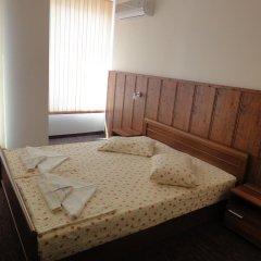 Апартаменты St. George Apartments комната для гостей