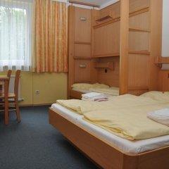 Eduard-heinrich-haus - Hostel Кровать в мужском общем номере