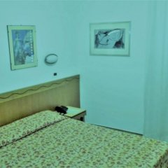 Hotel Nuova Italia 2* Стандартный номер с двуспальной кроватью фото 5