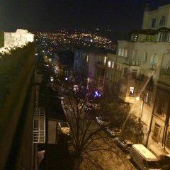 Отель City Hostel Waltzing Matilda Грузия, Тбилиси - отзывы, цены и фото номеров - забронировать отель City Hostel Waltzing Matilda онлайн балкон
