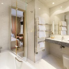 Odéon Hotel 3* Улучшенный номер с различными типами кроватей фото 16