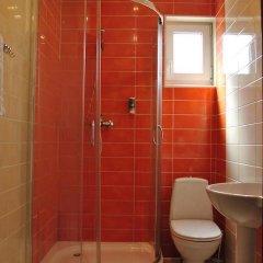Гостиница Nakhodka Inn Украина, Николаев - отзывы, цены и фото номеров - забронировать гостиницу Nakhodka Inn онлайн ванная
