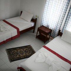 Отель Old Kalamaki Pansiyon Стандартный номер фото 6