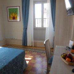 Отель Domus Laurae Италия, Рим - отзывы, цены и фото номеров - забронировать отель Domus Laurae онлайн комната для гостей фото 5
