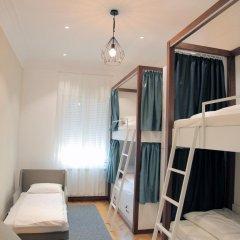 Отель Karavan Inn Кровать в общем номере с двухъярусной кроватью фото 6