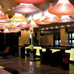 Апартаменты Menada Apartments in Royal Beach гостиничный бар