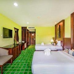 Отель Duangjitt Resort, Phuket 5* Улучшенный номер с 2 отдельными кроватями фото 2