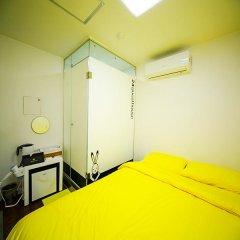 Отель 24 Guesthouse Seoul City Hall 2* Стандартный номер с различными типами кроватей фото 5