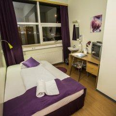Отель The Capital-Inn Стандартный номер с различными типами кроватей фото 17