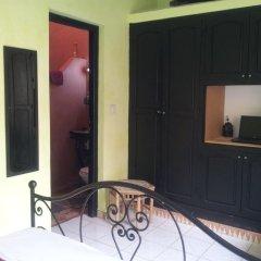 Отель Riad Les Portes De La Medina удобства в номере