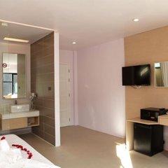 My Hotel 3* Номер Делюкс с двуспальной кроватью фото 3
