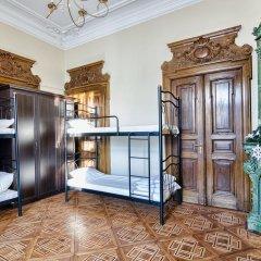 City Central Lviv Hostel комната для гостей фото 4