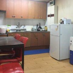 Отель Bong House Стандартный семейный номер с двуспальной кроватью (общая ванная комната) фото 7