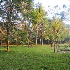 Отель Water's Edge Anuradhapura Шри-Ланка, Анурадхапура - отзывы, цены и фото номеров - забронировать отель Water's Edge Anuradhapura онлайн спортивное сооружение