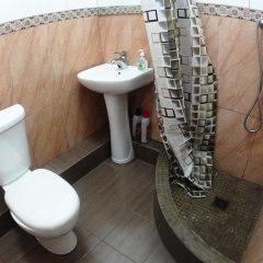 Гостиница Турист Инн ванная