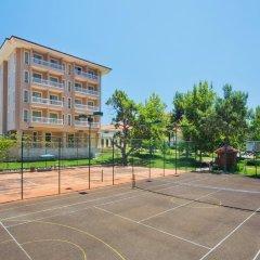 Отель Akka Antedon спортивное сооружение