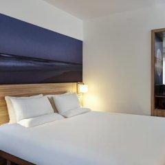 Отель Novotel London Stansted Airport 4* Улучшенный номер с различными типами кроватей фото 3