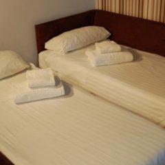 Отель Aparthotel Zenit Hall 88 4* Стандартный семейный номер с двуспальной кроватью фото 4