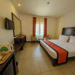 Отель Citrus Hikkaduwa 4* Номер категории Эконом с различными типами кроватей фото 5