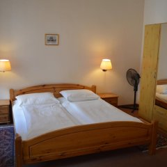 Hotel Pension Walzerstadt комната для гостей