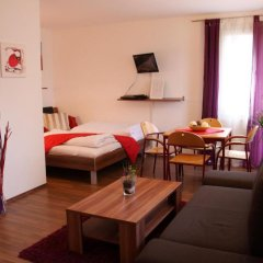 Отель CheckVienna - Apartmenthaus Hietzing Апартаменты с различными типами кроватей фото 14