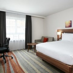 Отель Hilton Garden Inn Brussels City Centre комната для гостей фото 6