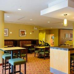 Отель TownePlace Suites by Marriott Frederick питание фото 3