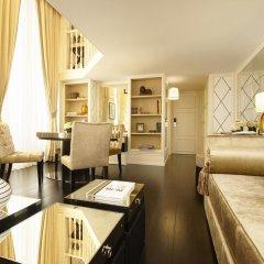 Отель Castille Paris - Starhotels Collezione Франция, Париж - 4 отзыва об отеле, цены и фото номеров - забронировать отель Castille Paris - Starhotels Collezione онлайн удобства в номере
