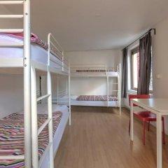 Brussel Hello Hostel Кровать в женском общем номере с двухъярусной кроватью фото 6