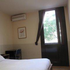 Отель Hostal LK Стандартный номер с различными типами кроватей фото 6