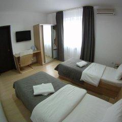 Гостиница Форсаж Номер Комфорт с 2 отдельными кроватями фото 3