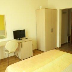 Отель Guest House Sany 3* Стандартный номер с двуспальной кроватью фото 9