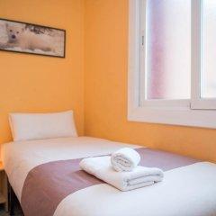Отель Sunny and Quiet Sagrada Familia Барселона комната для гостей фото 3