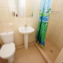 Гостиница More y Nas Guest House в Анапе отзывы, цены и фото номеров - забронировать гостиницу More y Nas Guest House онлайн Анапа ванная