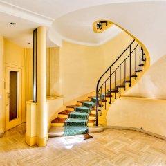 Отель Luxury and Spacious Appartment in Saint Michel интерьер отеля