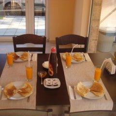 Отель Ivatea Family Hotel Болгария, Равда - отзывы, цены и фото номеров - забронировать отель Ivatea Family Hotel онлайн питание фото 3